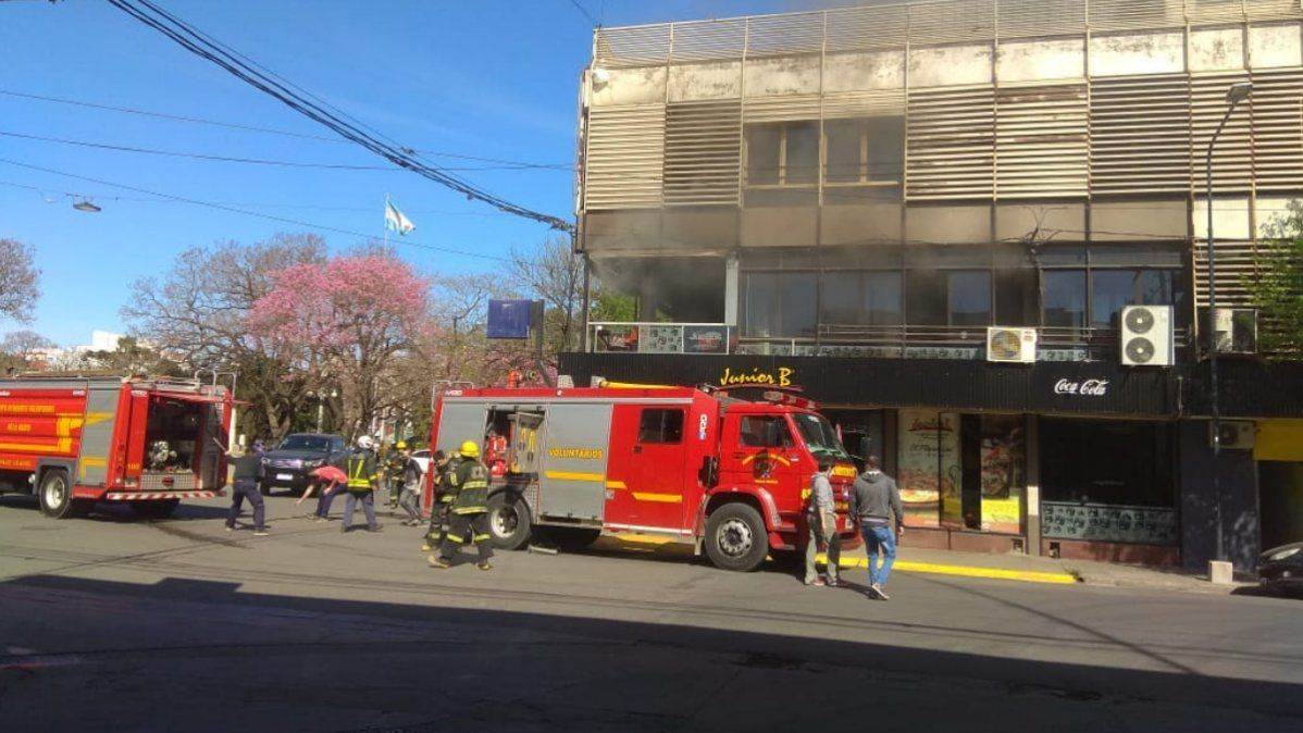 Incendio en el restaurante Junior B